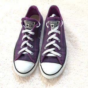 Purple converse girls size 3